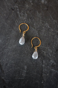 sea and stone jewelry Dainty Silverite Drops