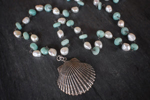 sea and stone jewelry Cast Scallop & Mixed Chain Necklace