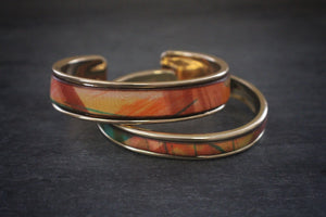 sea and stone tropical print leather inlay cuff bracelet thick and thin gold