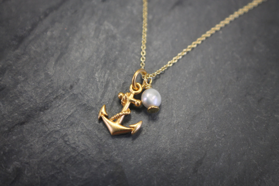 Sea and Stone Jewelry - Delicate and Dainty Vermeil Cable Chain with Anchor Charm and Pearl Embellishment