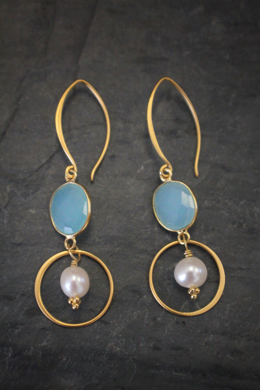 Sea and Stone Jewelry - Chalcedony and Pearl Drop Earring in Vermeil