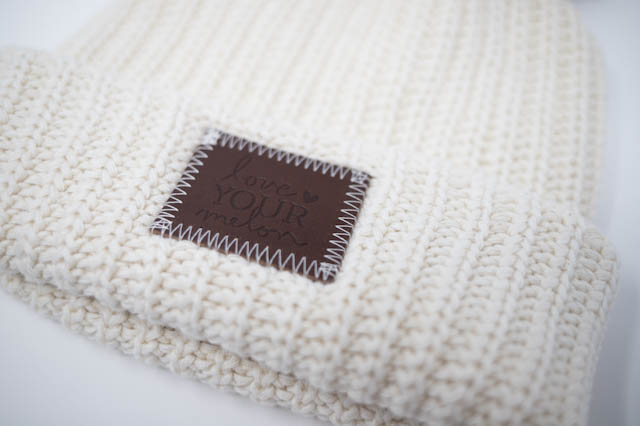 LOVE YOUR MELON - White Speckled Cuffed Pom Beanie (Nautral Pom)