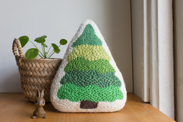 Free Pattern: Punch Needle Evergreen Tree