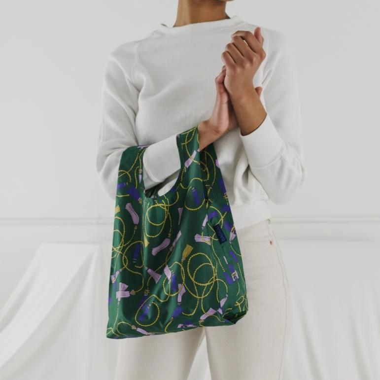 Load image into Gallery viewer, Green Tassel Reusable Bag - Favor & Fern