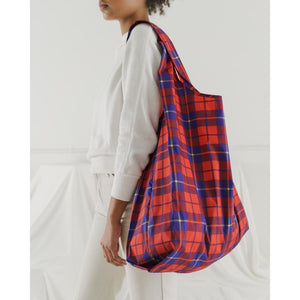 Load image into Gallery viewer, Red Tartan Reusable Bag - Favor & Fern