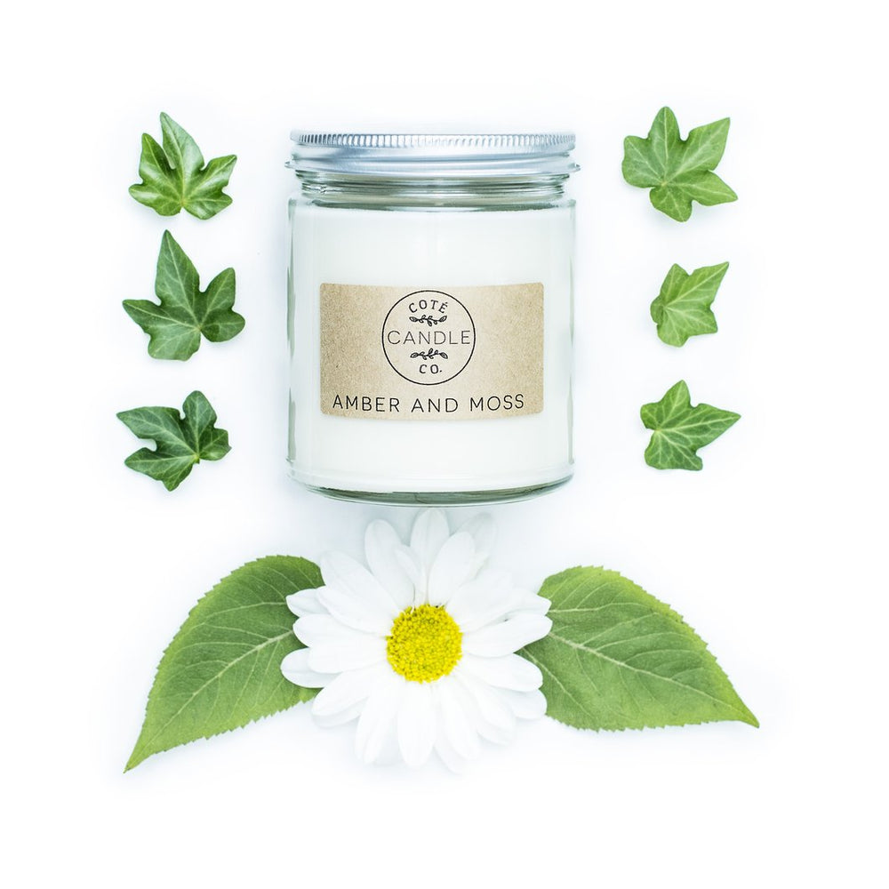 Amber & Moss Soy Candle - Favor & Fern