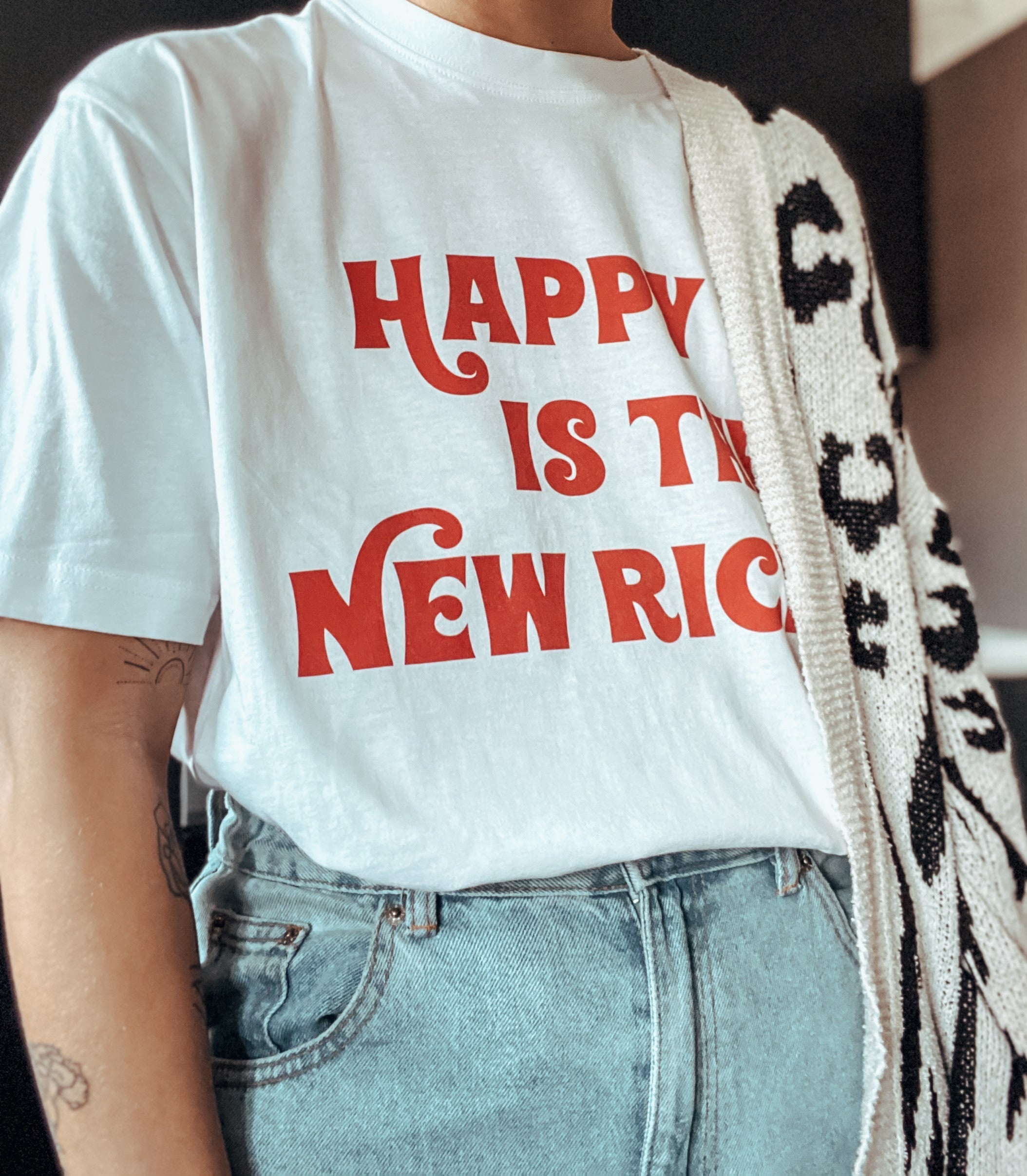 HAPPY IS THE NEW RICH | UNISEX WHITE TEE