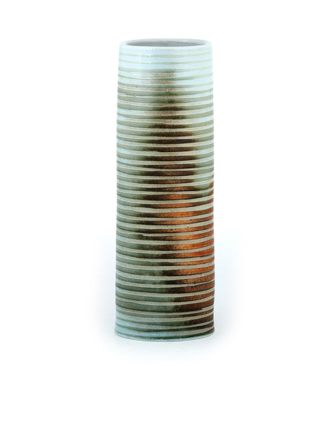 Textured porcelain vase with atmospheric flashing