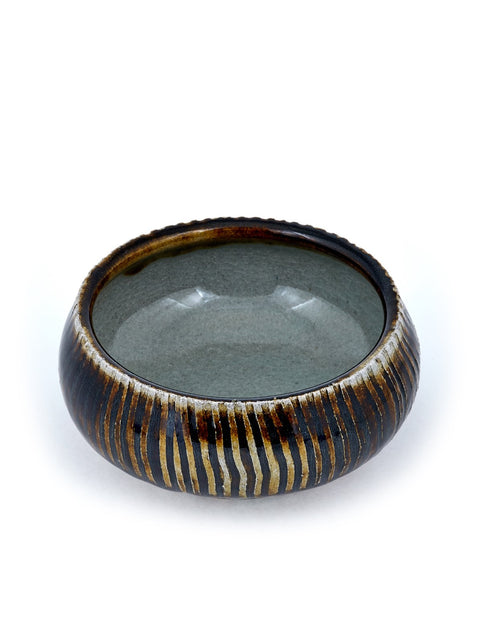 soda fired porcelain bowl handmade by kyle johns