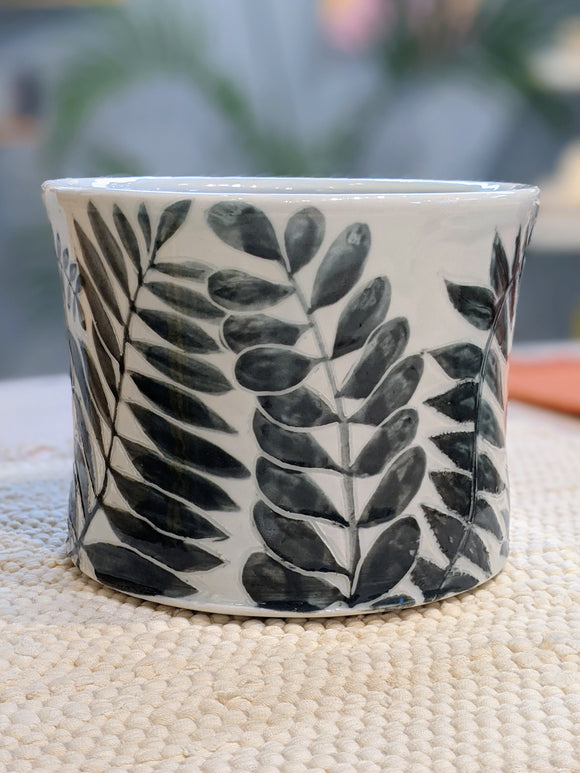 Leaves Utensil Pot