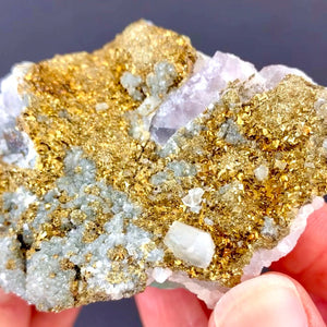 Fluorite, Quartz, Pyrite and Chalcopyrite