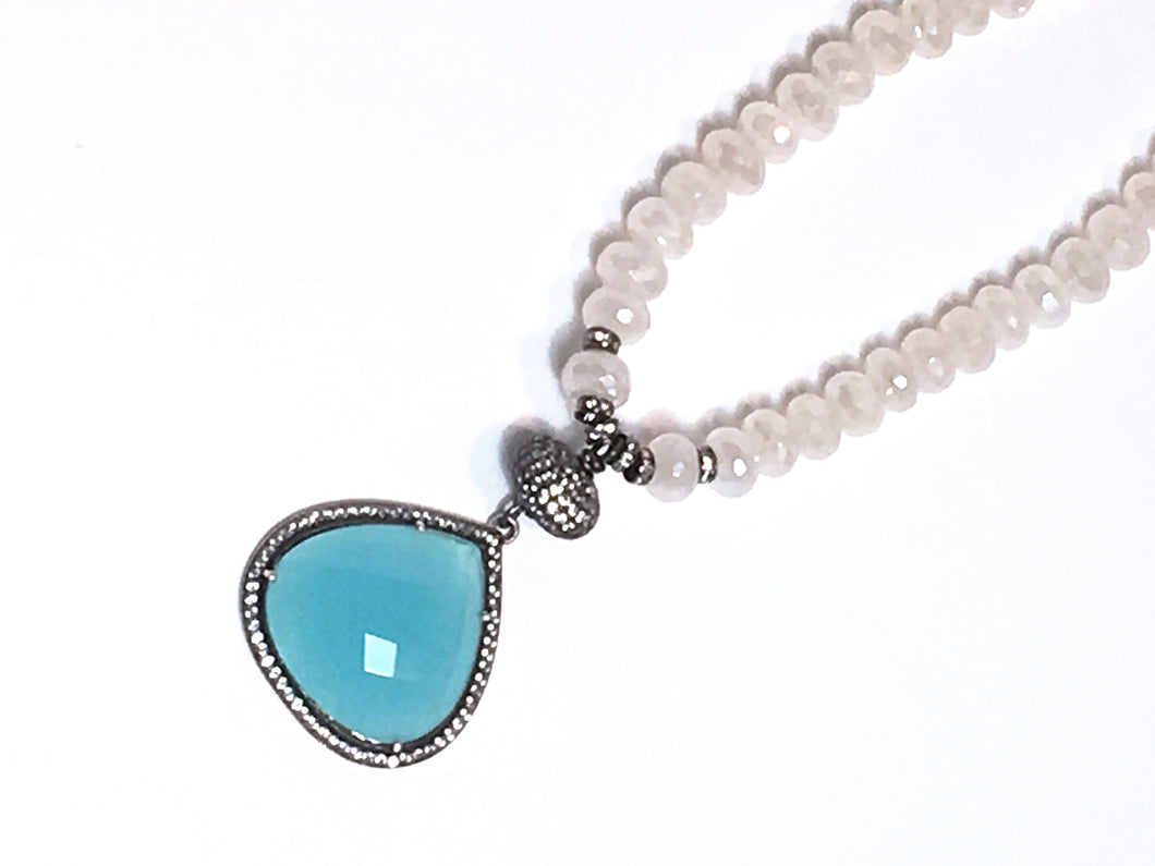 Eye-Catching Blue Chalcedony Necklace