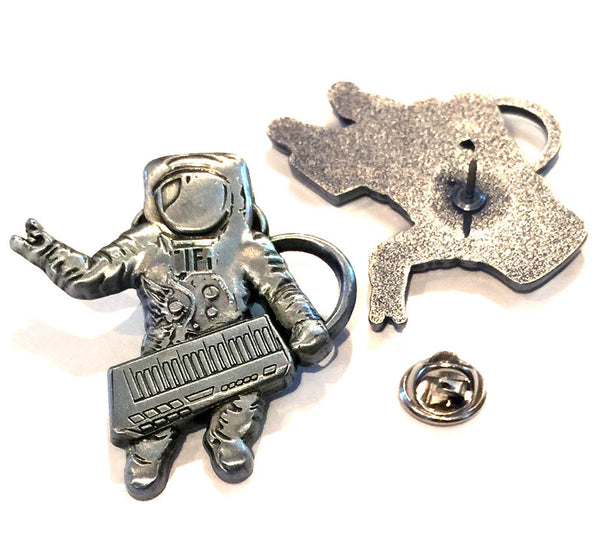 Astro Synth Pin