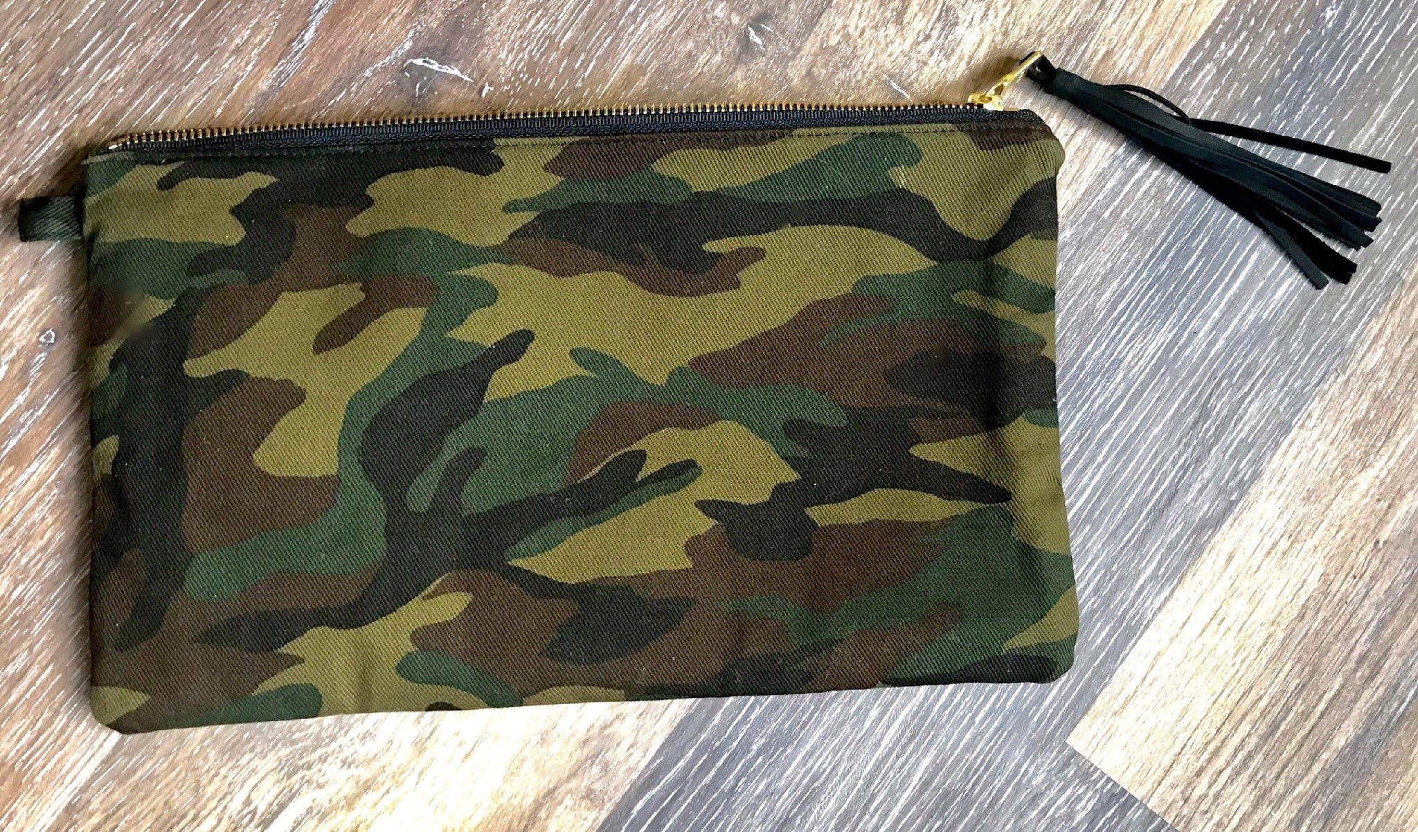 Nina Camo Clutch - Waylon + Willie Boutique