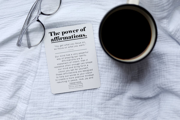 AFFIRMATION CARDS WITH WOODEN STAND
