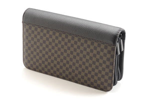 8 Scissor Brown Checkered Case with Double Zipper