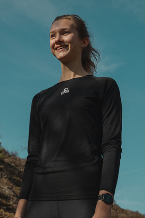Iron Roots Women's Eucalyptus Performance Longsleeve T-Shirt - Black (Lifestyle)