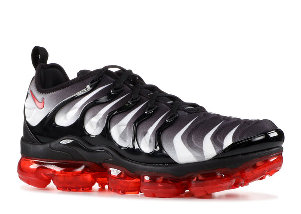 "Air Vapormax Plus ""Shark Bite"""