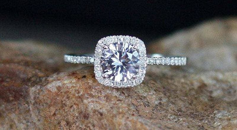 7 Reasons To Consider Moissanite