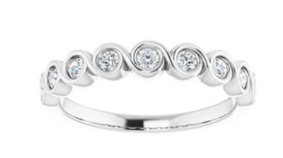 WBM0143 ~ MOISSANITE 0.27CT BEZEL TWIST WEDDING BAND
