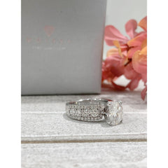 Alexis ~ 18Kw ~ 9Mm Round Moissanite Diamond Halo And Band - Ring