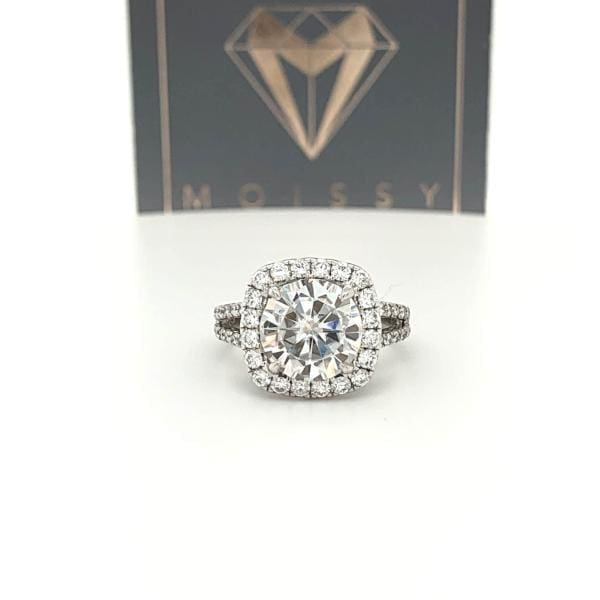 Taylor ~ 14Kw ~ 9Mm Round Moissanite Diamond Halo And Band - Ring
