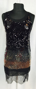 Gradient sequin t-style with lace hem accent