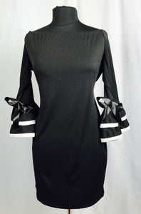 Black with white trim, double bell sleeve
