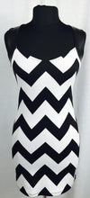 Zig-zag black and white, faux leather straps