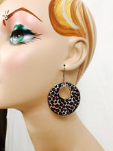Leopard keyhole drop earrings