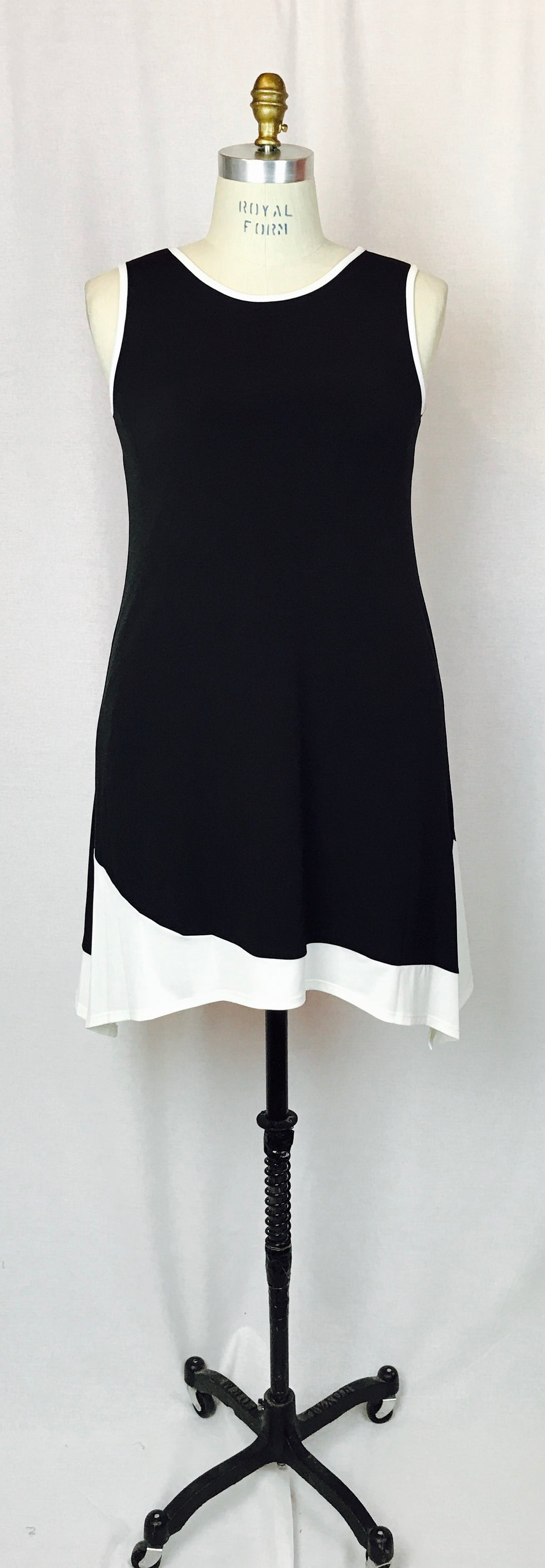 Sleeveless B & W, handkerchief skirt