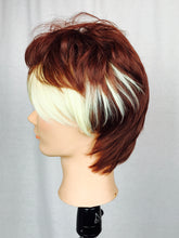 Short Two-tone, Brown and blonde, Bangs