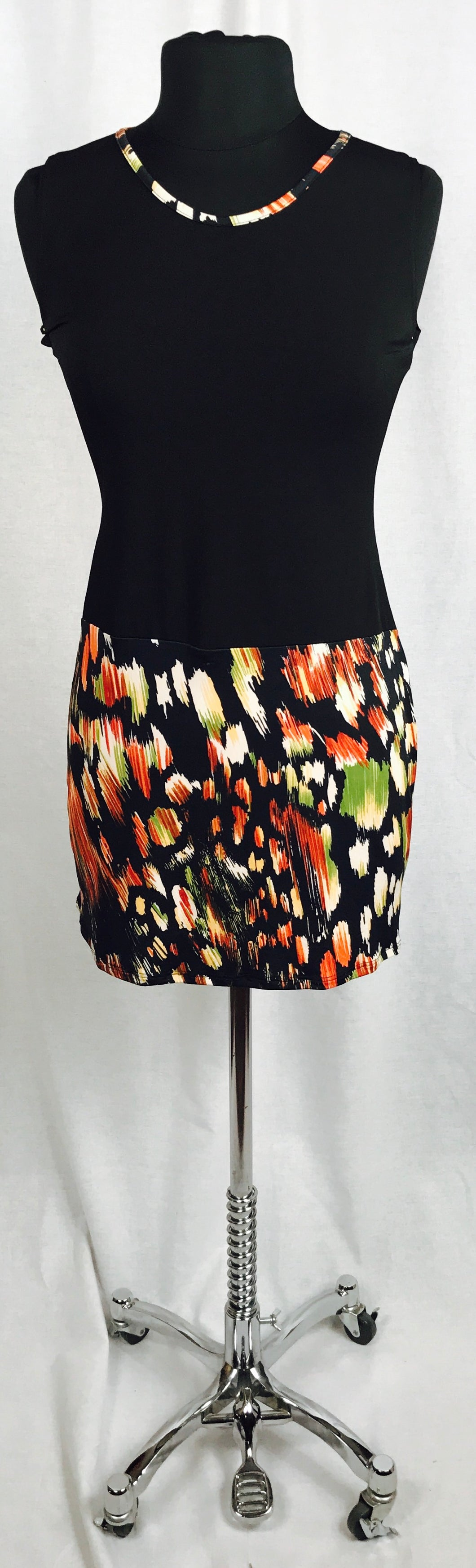 Jungle print skirt, body-con dress