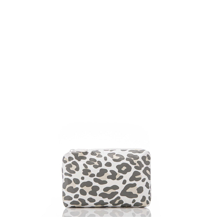 Mini // Snow Leopard