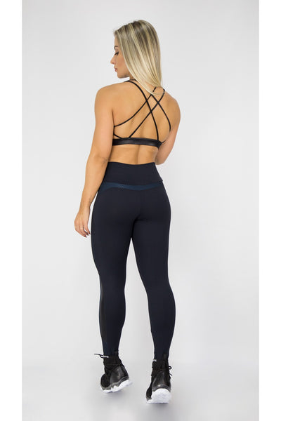 seamless leggings and top from brazil