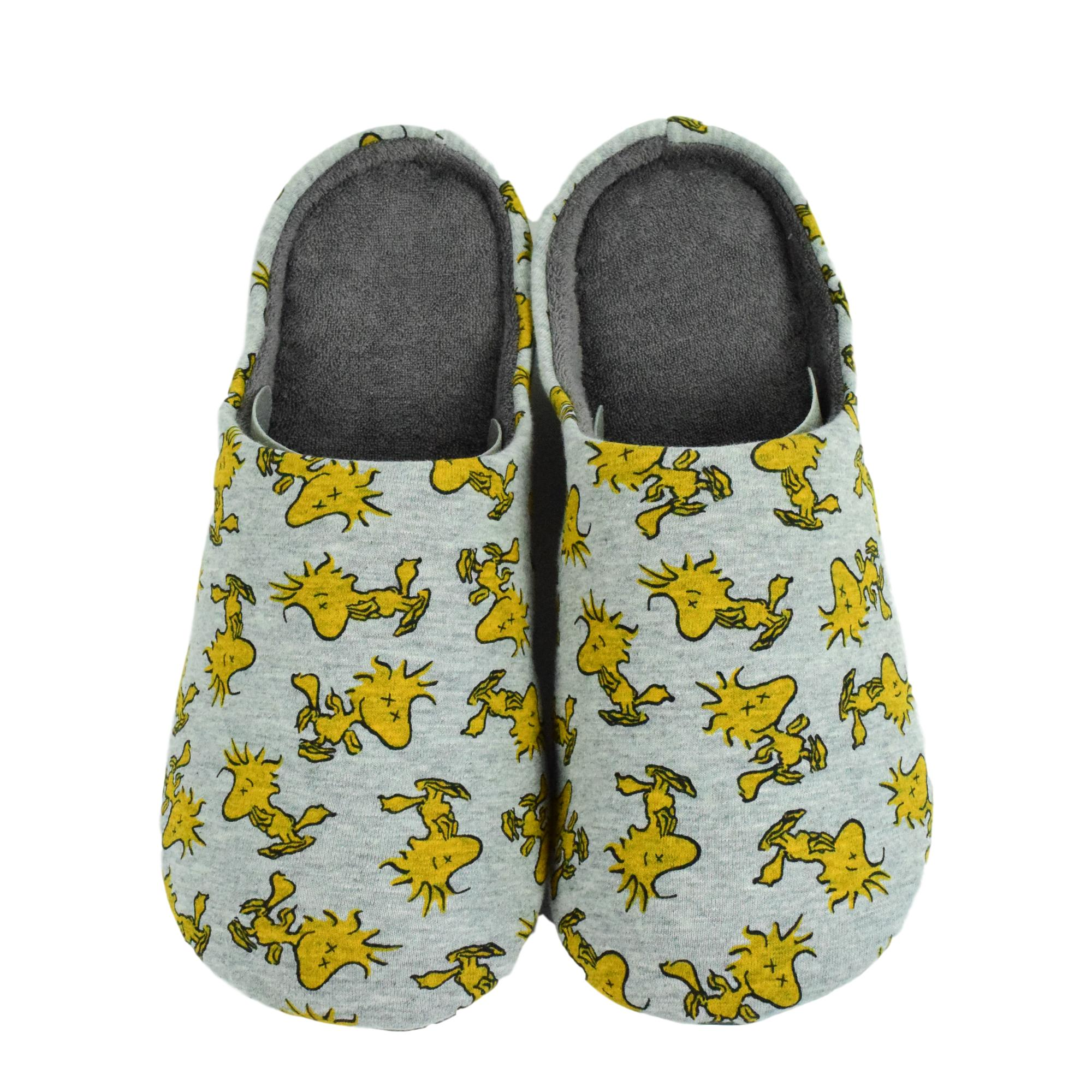 "KAWS X Uniqlo ""Woodstock"" House Shoes"