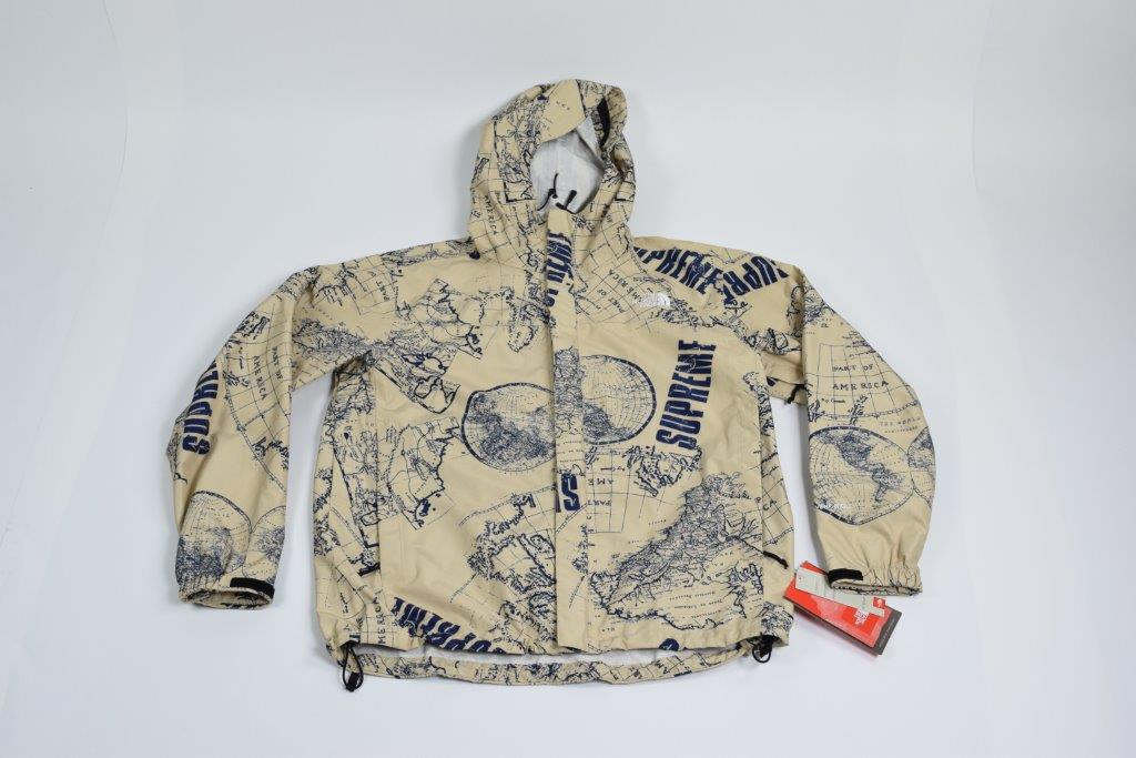 "Supreme X The North Face ""Venture"" Jacket"