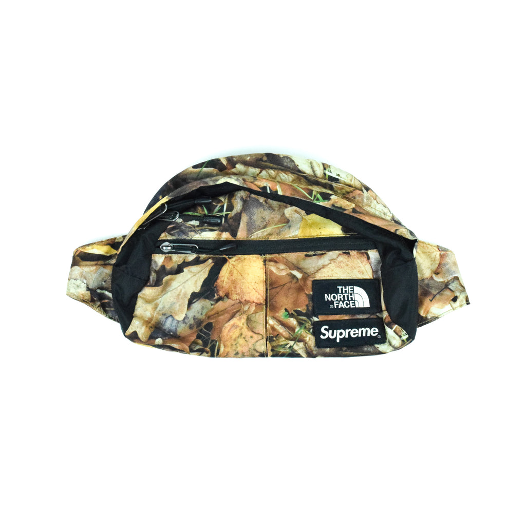 "Supreme X The North Face ""Leaves"" Waist bag"