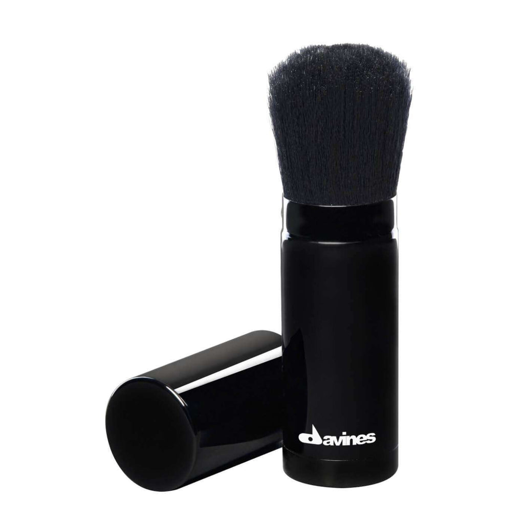 Choi-co-tao-phong-toc-Davines-Volume-Creator-Brush
