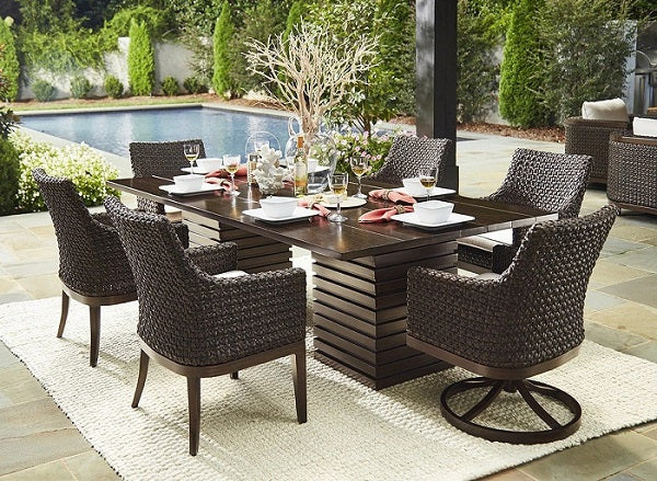 ART Furniture Epicenters Brentwood Outdoor Franklin Wicker Swivel Rocker