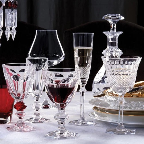 Baccarat Diamant Glass Red wine glass - 7.1 in