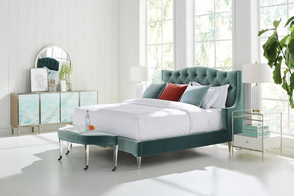 Caracole Classic Do Not Disturb Bed