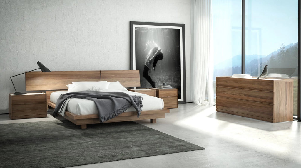 Huppe Swan Bed
