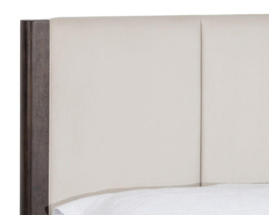 Sunpan Lonnie Bed - Polo Club Muslin