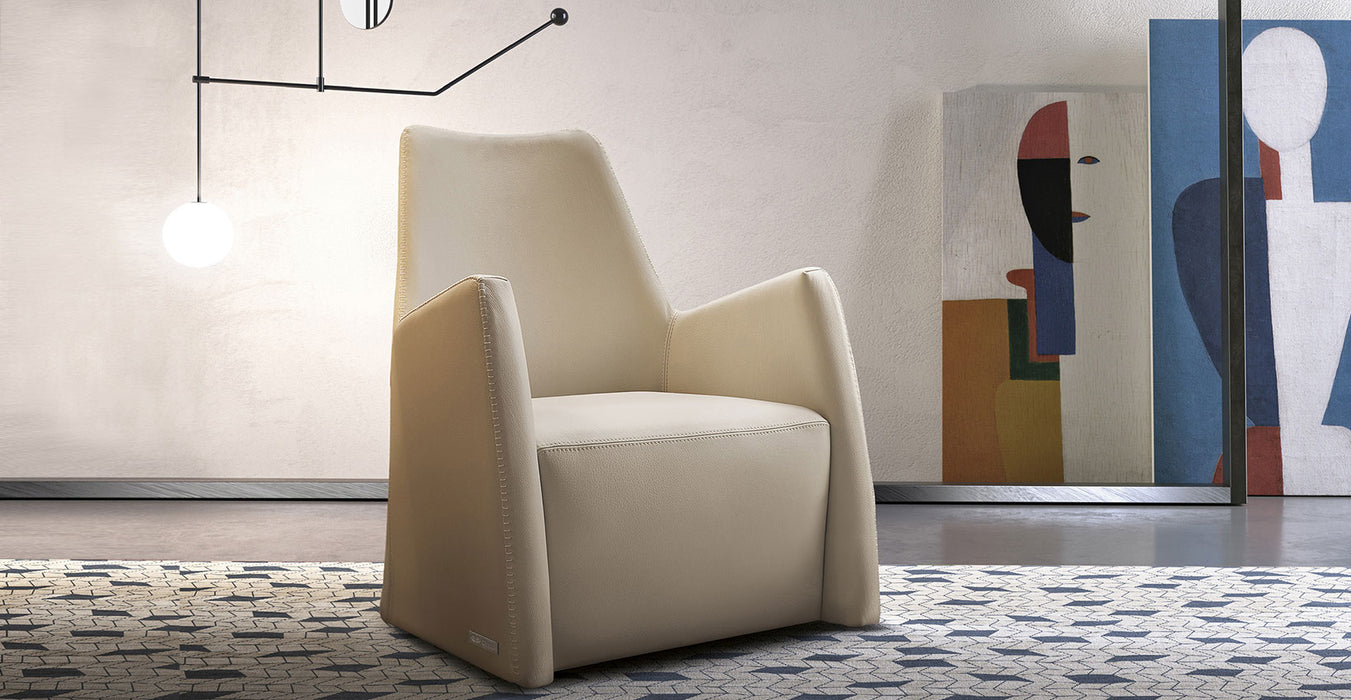 Gamma Carrie Arm Chair