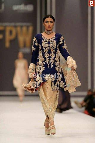 NIDA AZWER VELVET SUIT (Replica) (Unstitched)
