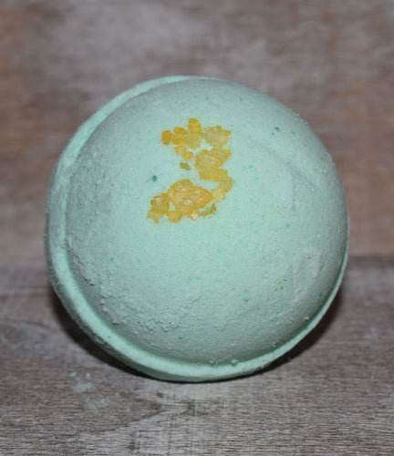 APPLE ORCHARD FIZZY BATH BOMB