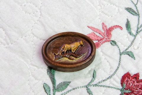 Cougar Painted Carved Magnetic Needle Minder