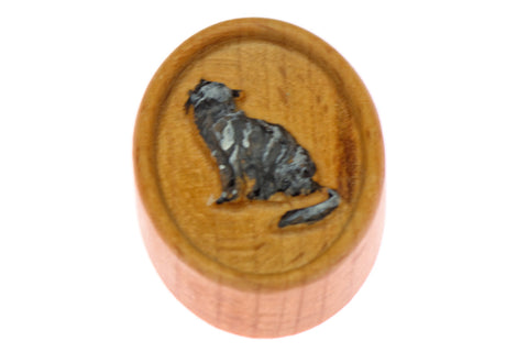 Carved Cat Magnetic Painted Needle Minder
