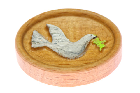 Carved Peace Dove Painted Magnetic Needle Minder